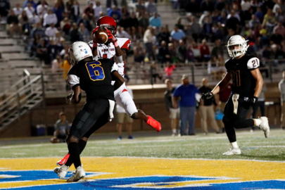 Nation Ford Falcons topple Fort Mill Yellow Jackets in crosstown rivalry football game