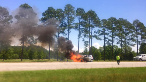 Car on fire driving down SC 170 in Bluffton area, 911 callers report. Here's what happened