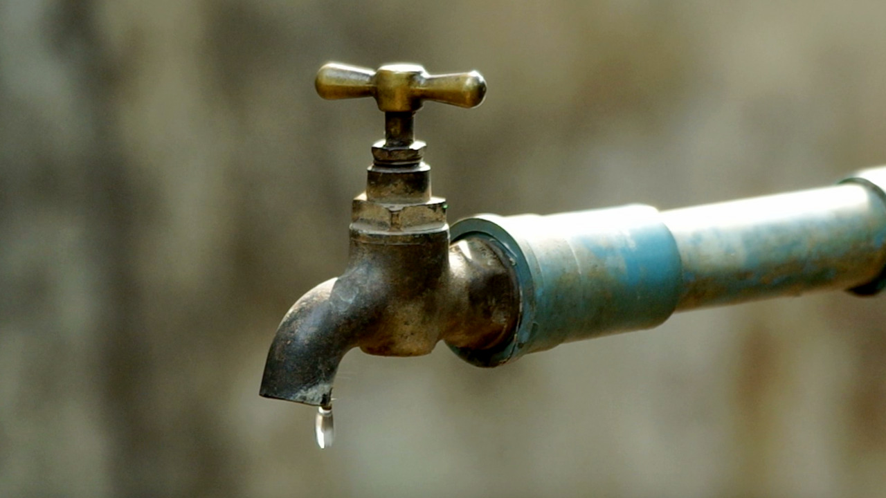 Wake up in this Manatee County neighborhood without water? Here's why