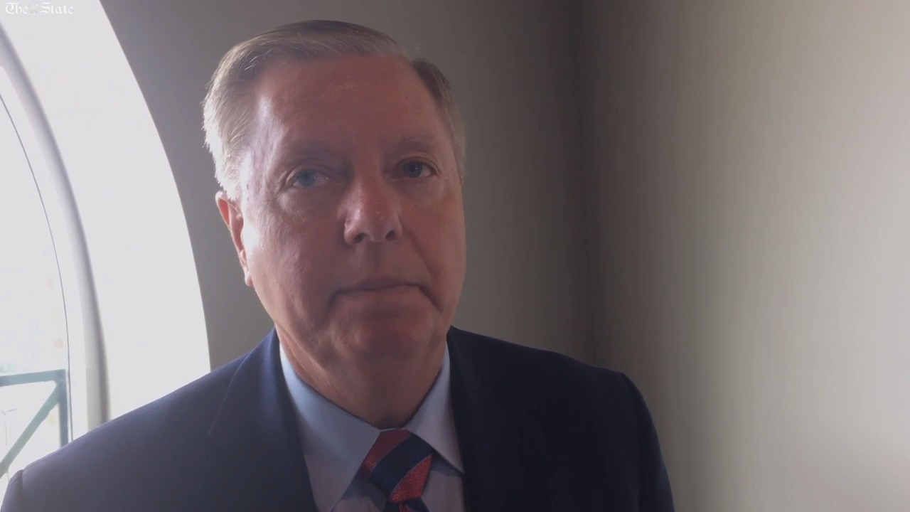 'I own an AR-15': Sen. Graham talks 2nd amendment in Indian Land, Rock Hill.