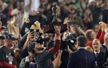 World Series success becomes part of Gamecocks' recruiting pitch
