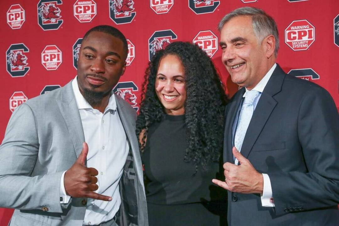 An honored and humbled Marcus Lattimore overwhelmed as he joins USC Hall of Fame