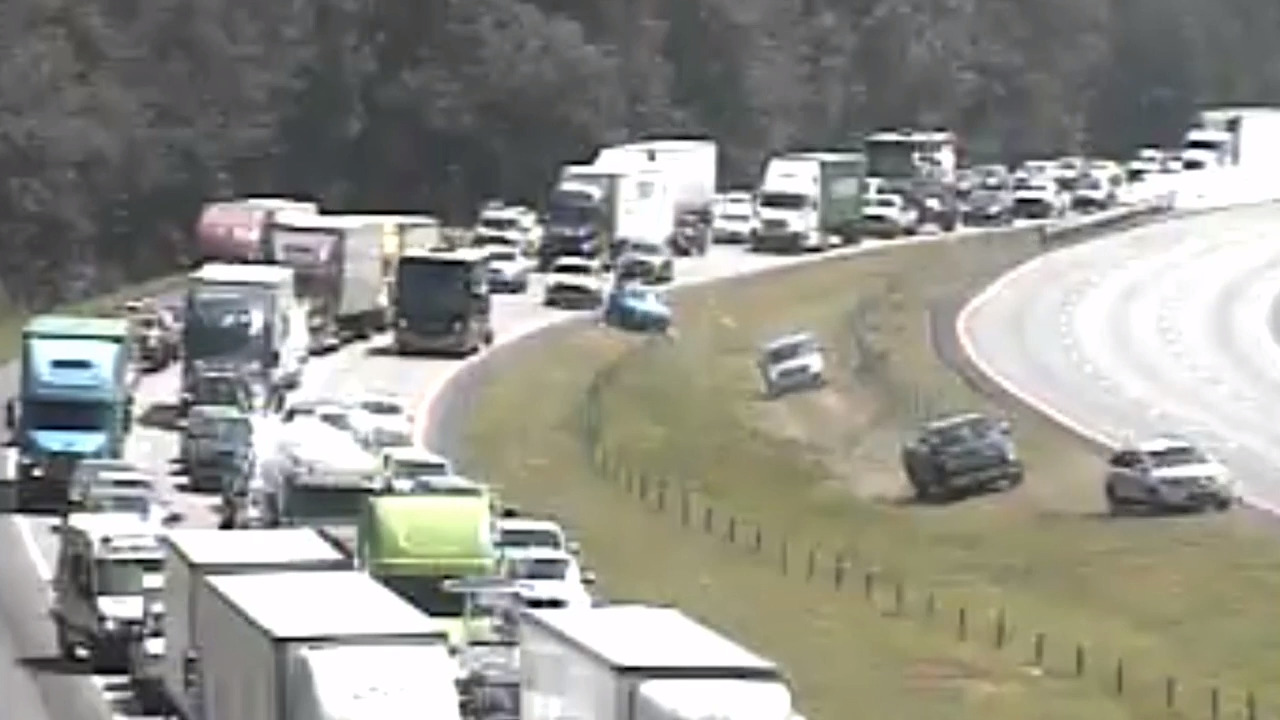 Traffic Building Up On Highway I 26 In Columbia Sc Amid Hurricane Florence Evacuations In South Carolina The State