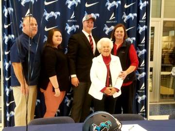 Chapin's Thornton Gentry signs with N.C. State football