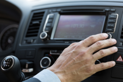 Study finds older drivers are more distracted by in-car technology