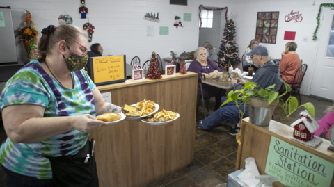 Belleville orders restaurant to close for violating COVID rules. Owner defies ruling