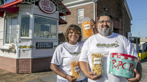 Belleville couple beats COVID blues popping perfect popcorn. Where can you get some?