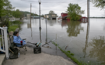 River levels will crest at major flood stages again this weekend