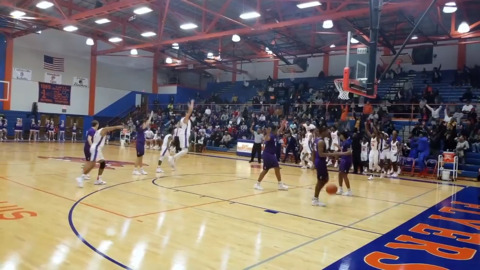 East St. Louis knocks off Collinsville at the buzzer