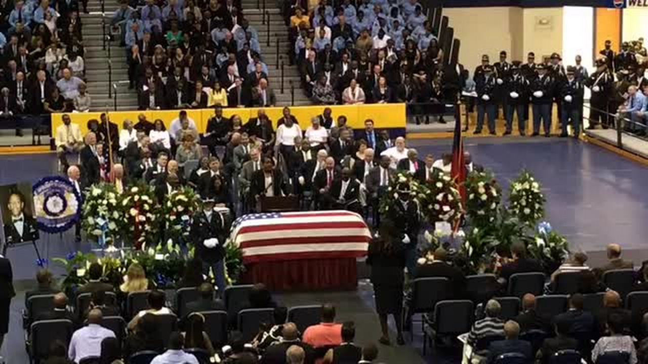 Corrections officer laid to rest | The Fresno Bee