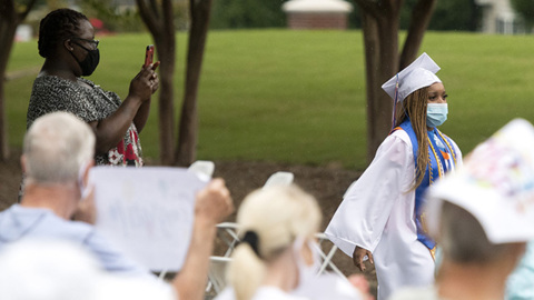 Here's how a retirement community celebrated Bibb graduates who are employed at facility