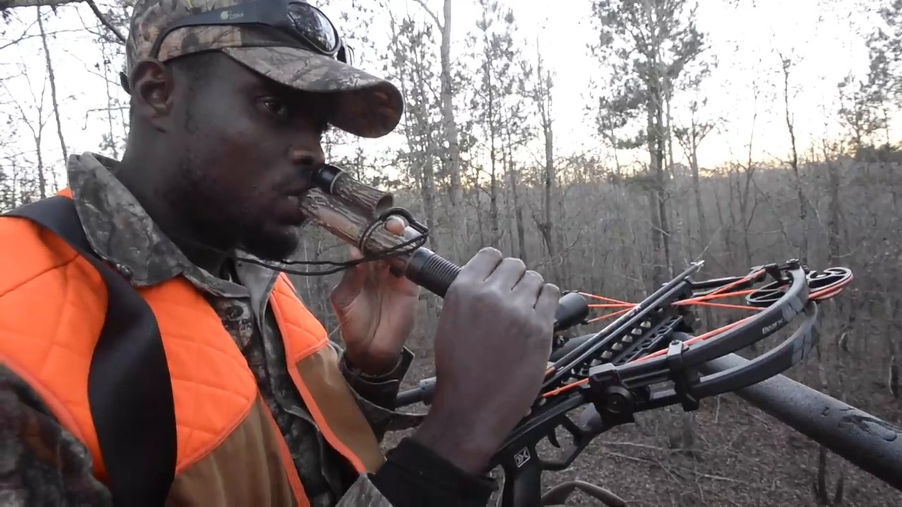 Hunting enthusiasts fear the sport is dying. Can 'locavores' save the age-old pastime?