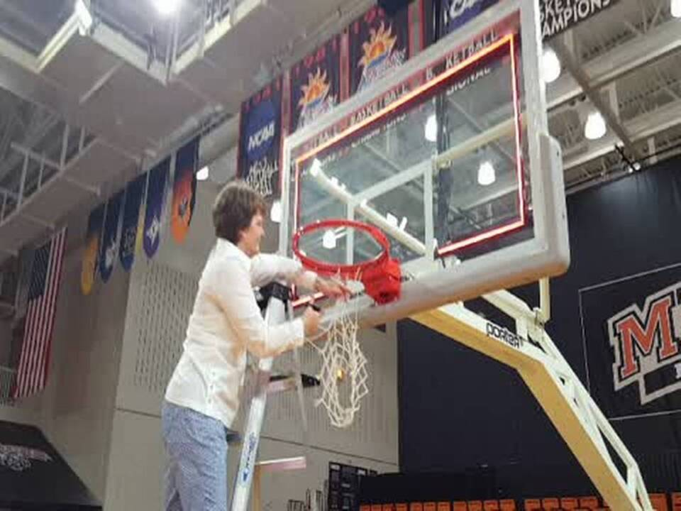 Susie Gardner's building a legacy at Mercer. How she took team from 2 wins to 2 championships