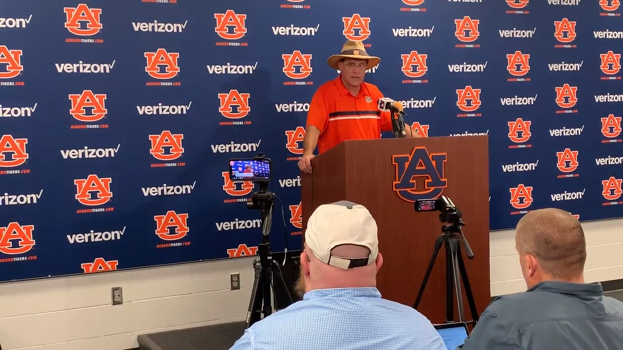 Auburn's defense 'dominated' first fall scrimmage. But what about the quarterbacks?