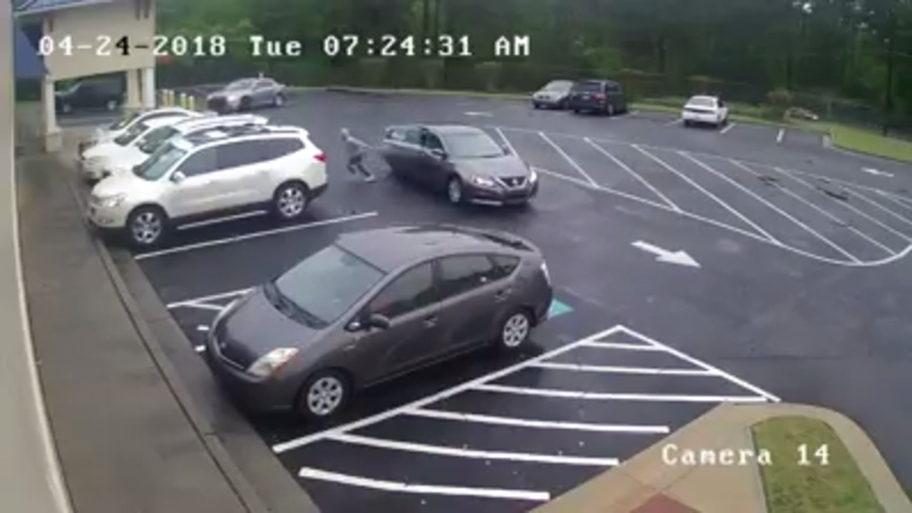 Child kidnapping in car