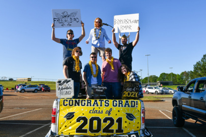 Graduation 2021: Sights and sounds from Harris County's senior parade