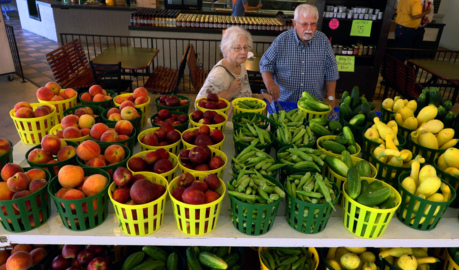 It's tomato time! Here are the best summer fruits, vegetables at the Columbus farmer's market.