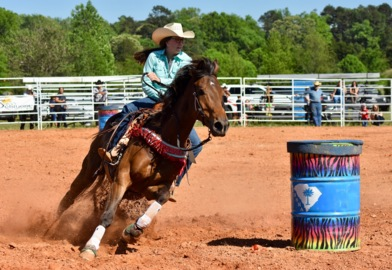 Moo-ving on up: Socastee teen heads to national rodeo finals in Wyoming