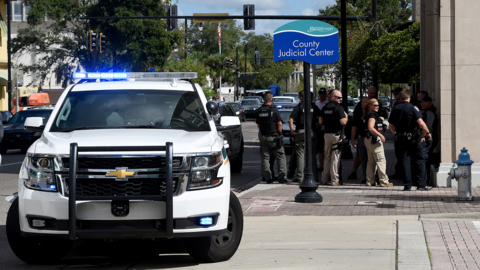 Bomb threat forces evacuation of downtown Bradenton buildings, cops say