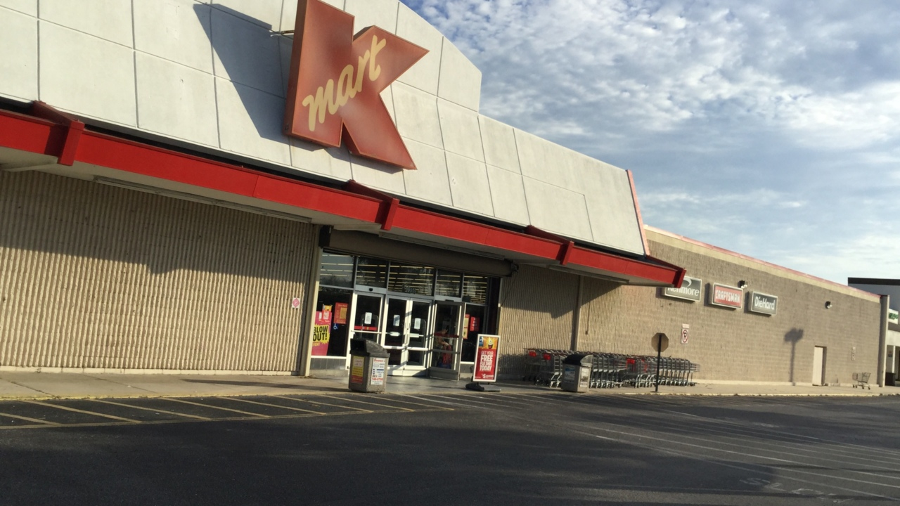 The last Kmart store in Bradenton is about to close