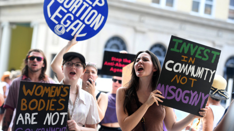 Pro-choice rally pushes back against proposed abortion ban