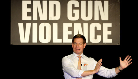 With Parkland support, Swalwell 'catapults' gun safety into the race for president