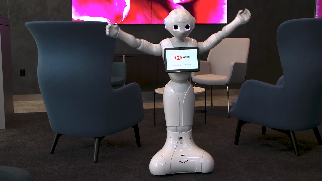 Pepper robot lands at HSBC Miami | Miami Herald