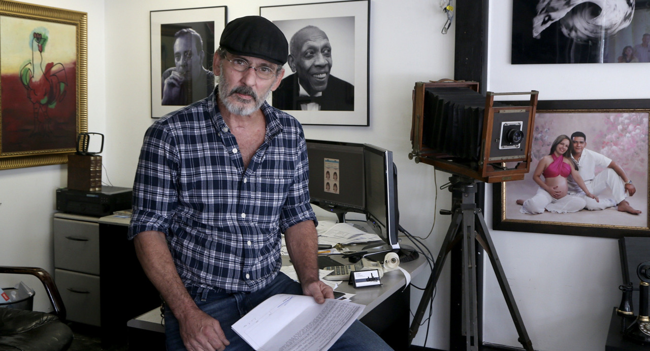U.S. denies citizenship to prominent Miami photographer, tells him he'll be deported | Opinion
