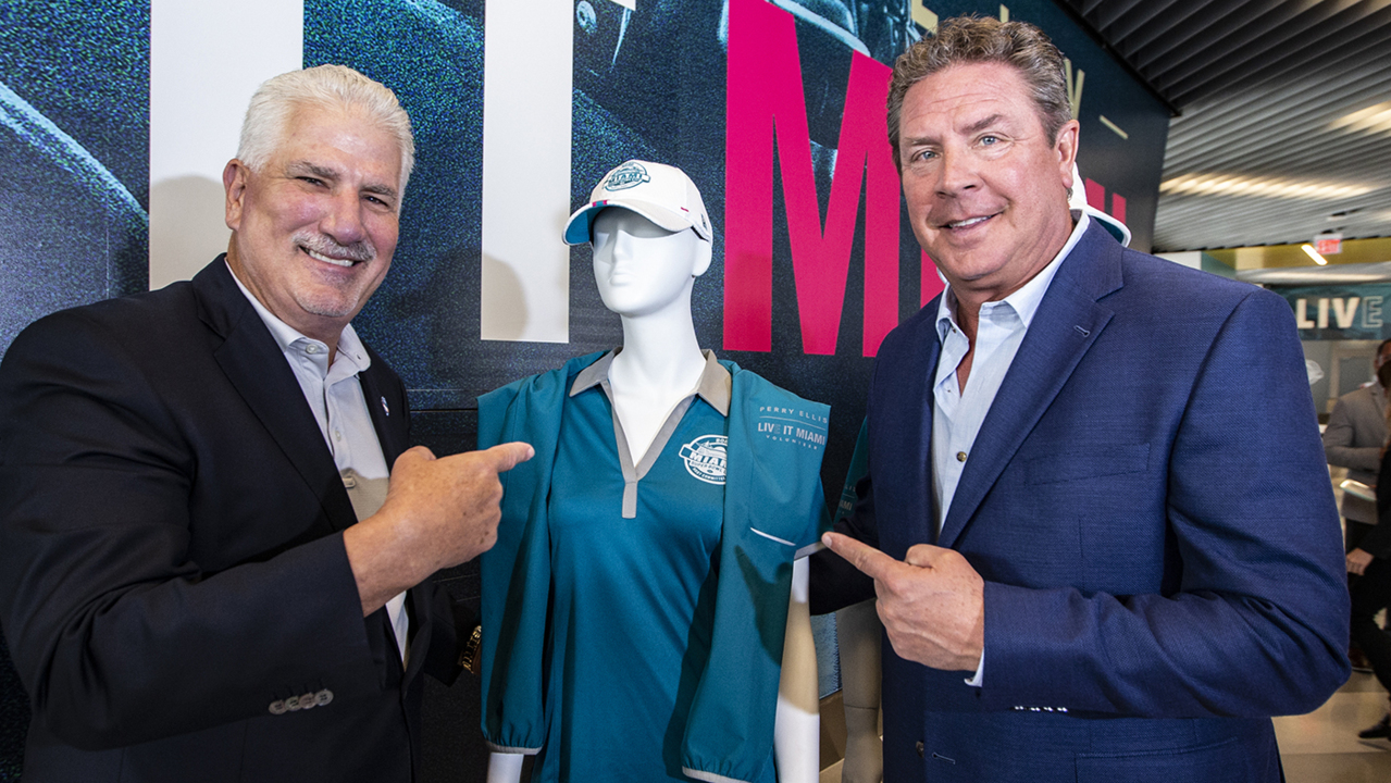 Miami Dolphins legend and Super Bowl LIV Volunteer Captain, Dan Marino