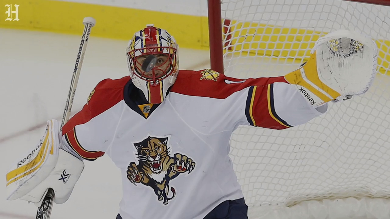 Roberto Luongo will become the first Florida Panthers' player to receive this honor