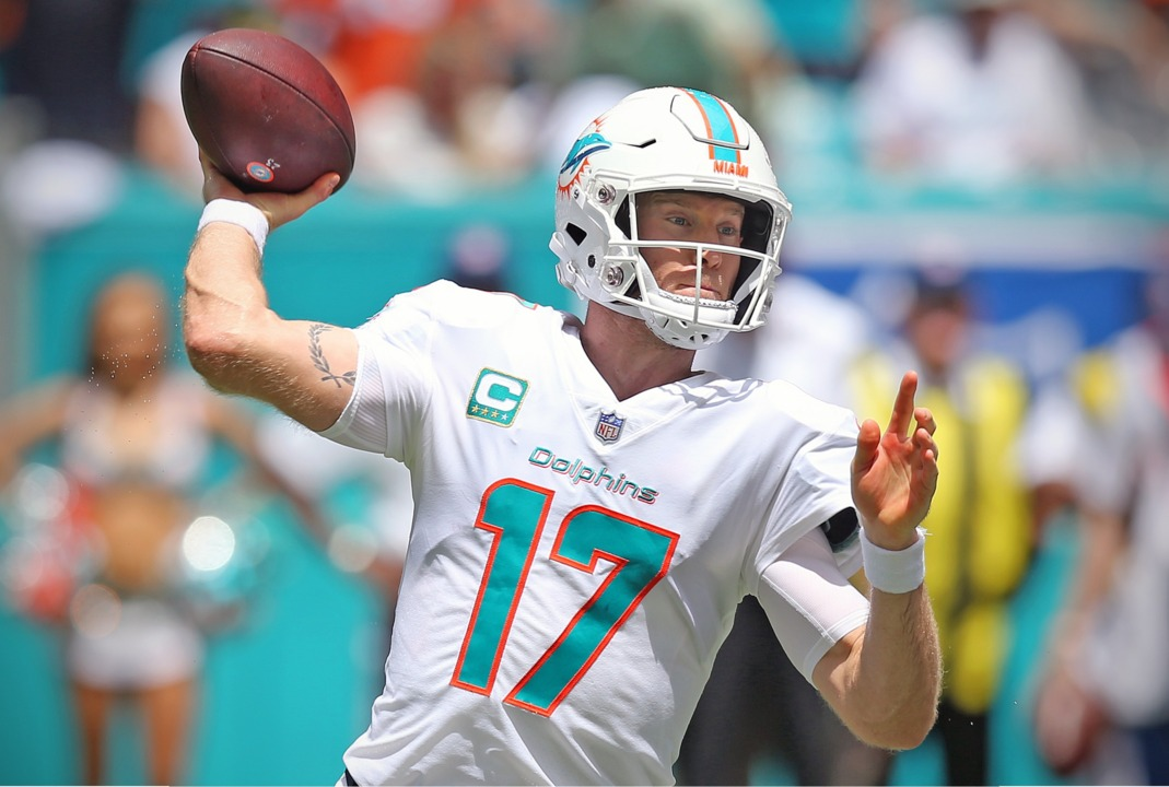 127e8711 Miami Dolphins QB Ryan Tannehill talks about what the team did during the  delays in the longest game in NFL history.   Miami Herald