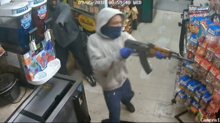 Thieves armed with AK-47 rob Little Haiti store