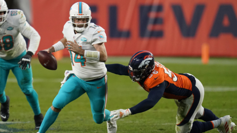 Where Dolphins stand in AFC picture now; plus offensive line, run defense struggles