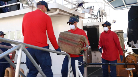 Coast Guard offloads 3,500 pounds of cocaine in Miami