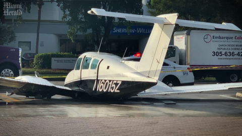 Plane lands in Doral, clips Amazon delivery truck