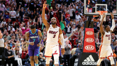 Here's how defense and Dwyane Wade led the Heat to a much-needed win over the Hornets