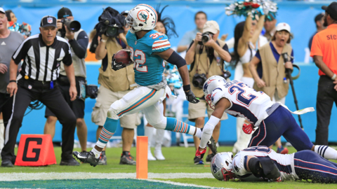 Dolphins stun Patriots with double-lateral pass for TD on final play of game