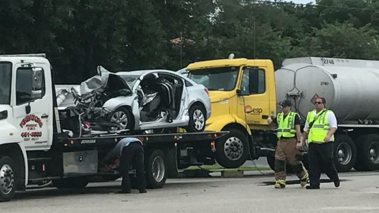 A mother is dead, her child badly hurt in Florida Keys crash | Miami