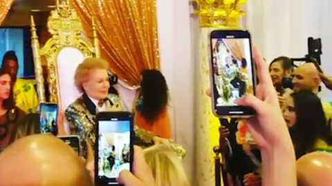 The heavens have a bright new star, and its name is Walter Mercado| Editorial