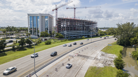 New Aventura break causes shutdown of street, after causeway just reopened