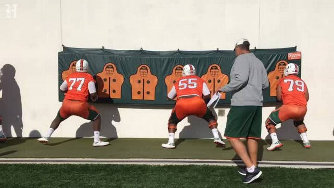 Miami Hurricanes former four-star offensive lineman enters transfer portal