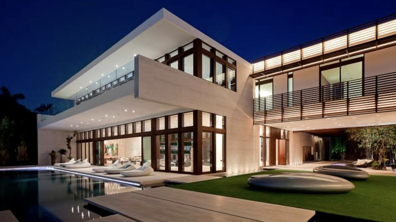Peachy Home In Miami Dade Sells For 50 Million A New Record Home Interior And Landscaping Ponolsignezvosmurscom