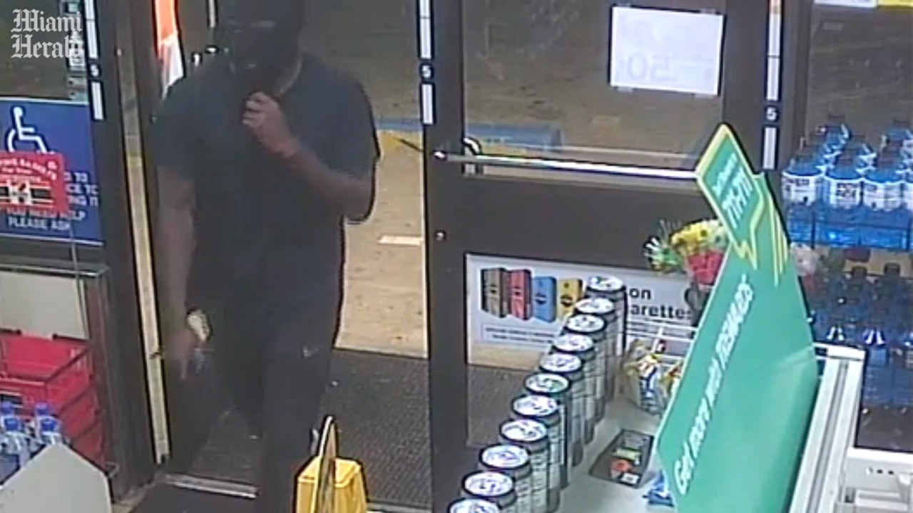 'Where is the money?' Masked man walked into 7-Eleven for more than a Slurpee
