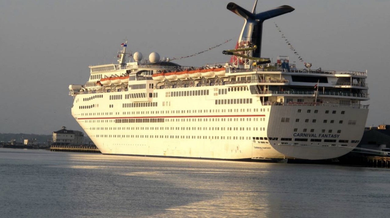 Passenger missing from Canival Fantasy cruise ship | Miami Herald