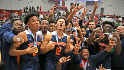 Back to back: Stranahan boys' basketball rallies to win emotional second state title