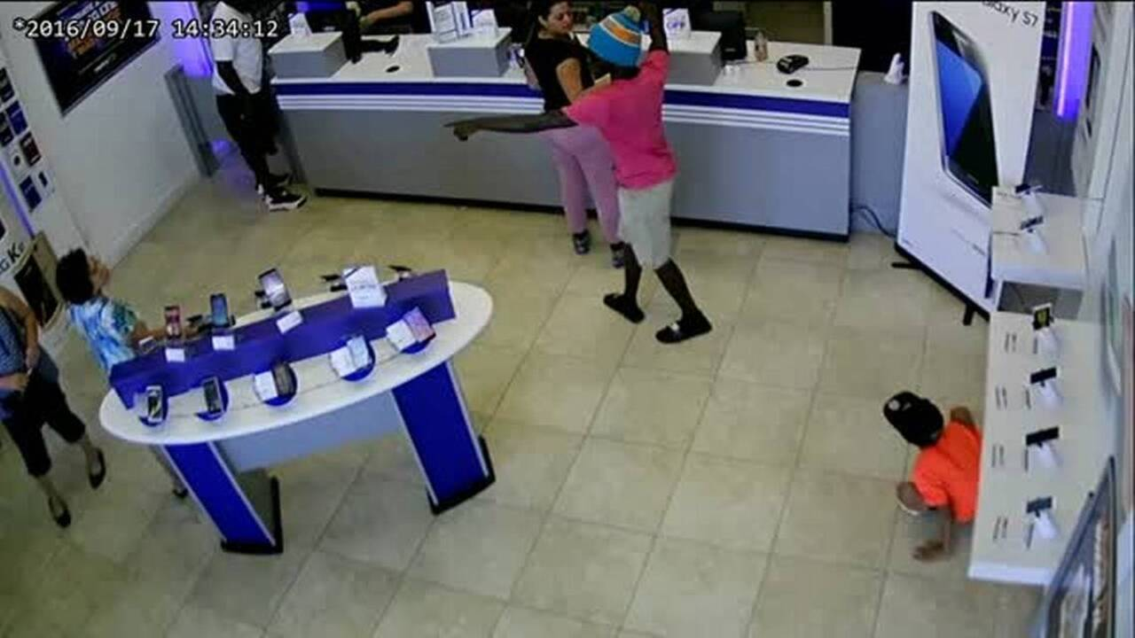two allapattah metro pcs robbed within days of each other