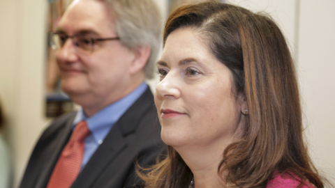 Miami Herald editor takes on publisher duties, too, as Villoch leaves for Baptist job
