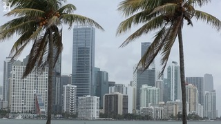 Bad weather makes its way through South Florida