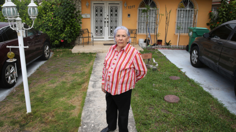 She endured two decades of hell in Castro's prisons. Now she faces foreclosure in Miami