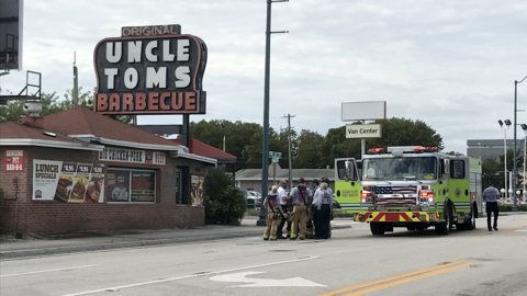 Fire Breaks Out At Iconic Uncle Tom's BBQ Restaurant on Tamiami Trail